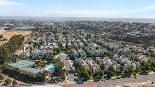 Photo 2: POINT LOMA Townhouse for sale : 2 bedrooms : 2275 Caminito Pescado #Unit 67 in San Diego