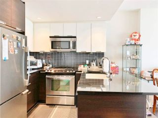 """Photo 6: 1506 2968 GLEN Drive in Coquitlam: North Coquitlam Condo for sale in """"Grand Central 2"""" : MLS®# R2562669"""