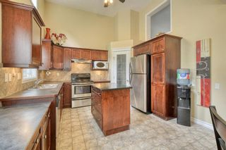Photo 8: 301 Inglewood Grove SE in Calgary: Inglewood Row/Townhouse for sale : MLS®# A1118391