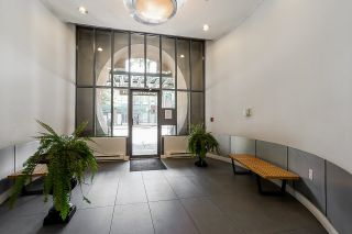 """Photo 3: 502 1 E CORDOVA Street in Vancouver: Downtown VE Condo for sale in """"CARRALL STATION"""" (Vancouver East)  : MLS®# R2598724"""
