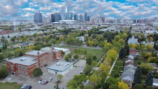 Photo 3: 10958 108 Street in Edmonton: Zone 08 House for sale : MLS®# E4262751