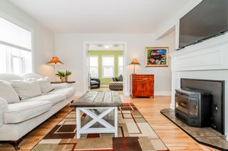 Photo 6: 56 Highland Avenue in Wolfville: 404-Kings County Residential for sale (Annapolis Valley)  : MLS®# 202104485