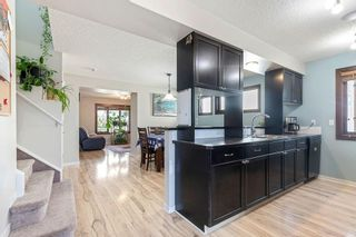 Photo 11: 22 BRIDLECREST Garden SW in Calgary: Bridlewood Detached for sale : MLS®# C4306282