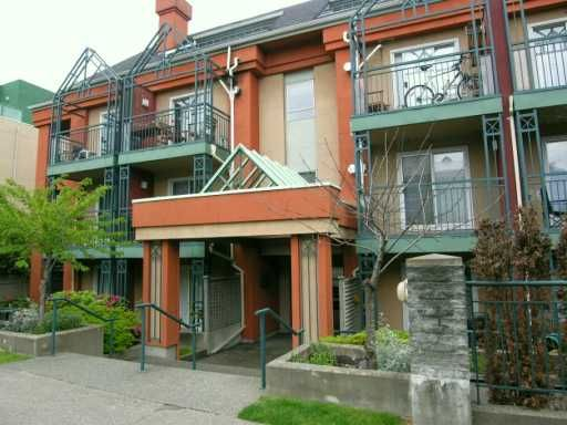Photo 2: Photos: 104 863 W 16TH AV in Vancouver: Fairview VW Condo for sale (Vancouver West)  : MLS®# V594176