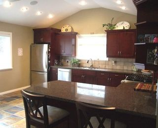 Photo 4: 1464 53A Street in Delta: Home for sale