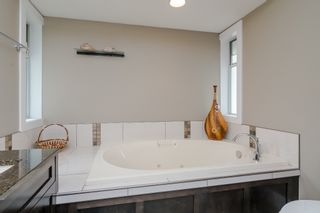 """Photo 26: 34661 WALKER Crescent in Abbotsford: Abbotsford East House for sale in """"Skyline"""" : MLS®# R2369860"""