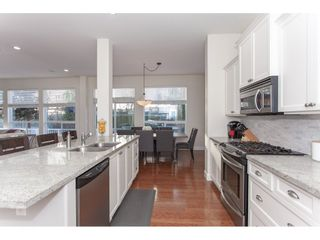 """Photo 6: 20141 68A Avenue in Langley: Willoughby Heights House for sale in """"Woodbridge"""" : MLS®# R2354583"""