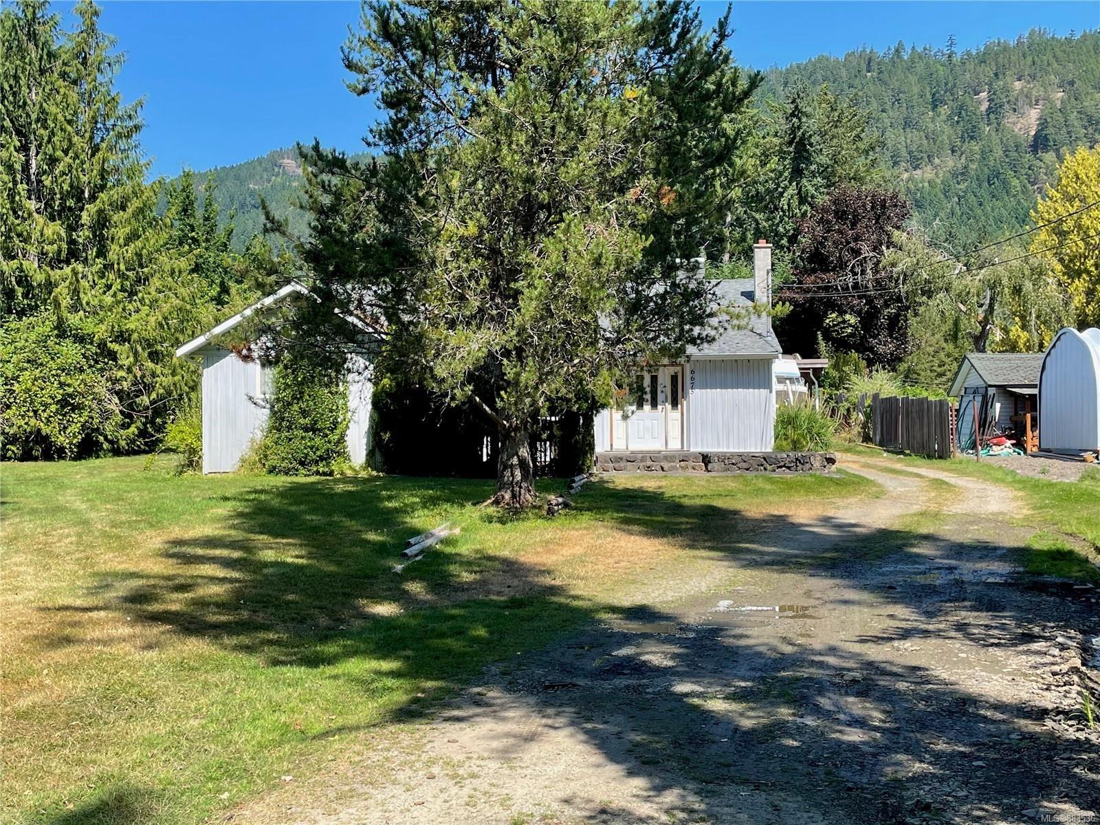 Main Photo: 6675 Cherry Creek Rd in : PA Alberni Valley House for sale (Port Alberni)  : MLS®# 883536