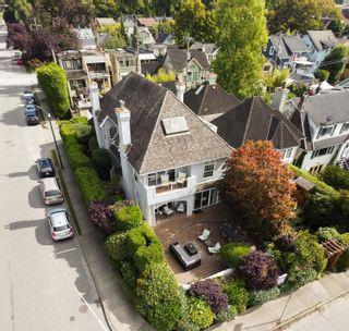 Photo 1: 2076 CREELMAN Avenue in Vancouver: Kitsilano 1/2 Duplex for sale (Vancouver West)  : MLS®# R2620936