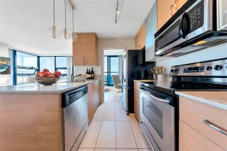 """Photo 8: 3005 928 HOMER Street in Vancouver: Yaletown Condo for sale in """"YALETOWN PARK 1"""" (Vancouver West)  : MLS®# R2599247"""