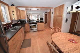 """Photo 15: 1420 SUNNY POINT Drive in Smithers: Smithers - Town House for sale in """"Silverking"""" (Smithers And Area (Zone 54))  : MLS®# R2546950"""