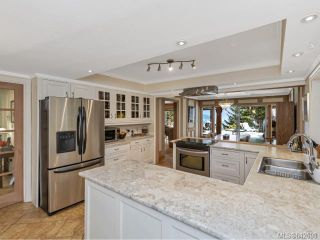 Photo 9: 371 McCurdy Dr in MALAHAT: ML Mill Bay House for sale (Malahat & Area)  : MLS®# 842698