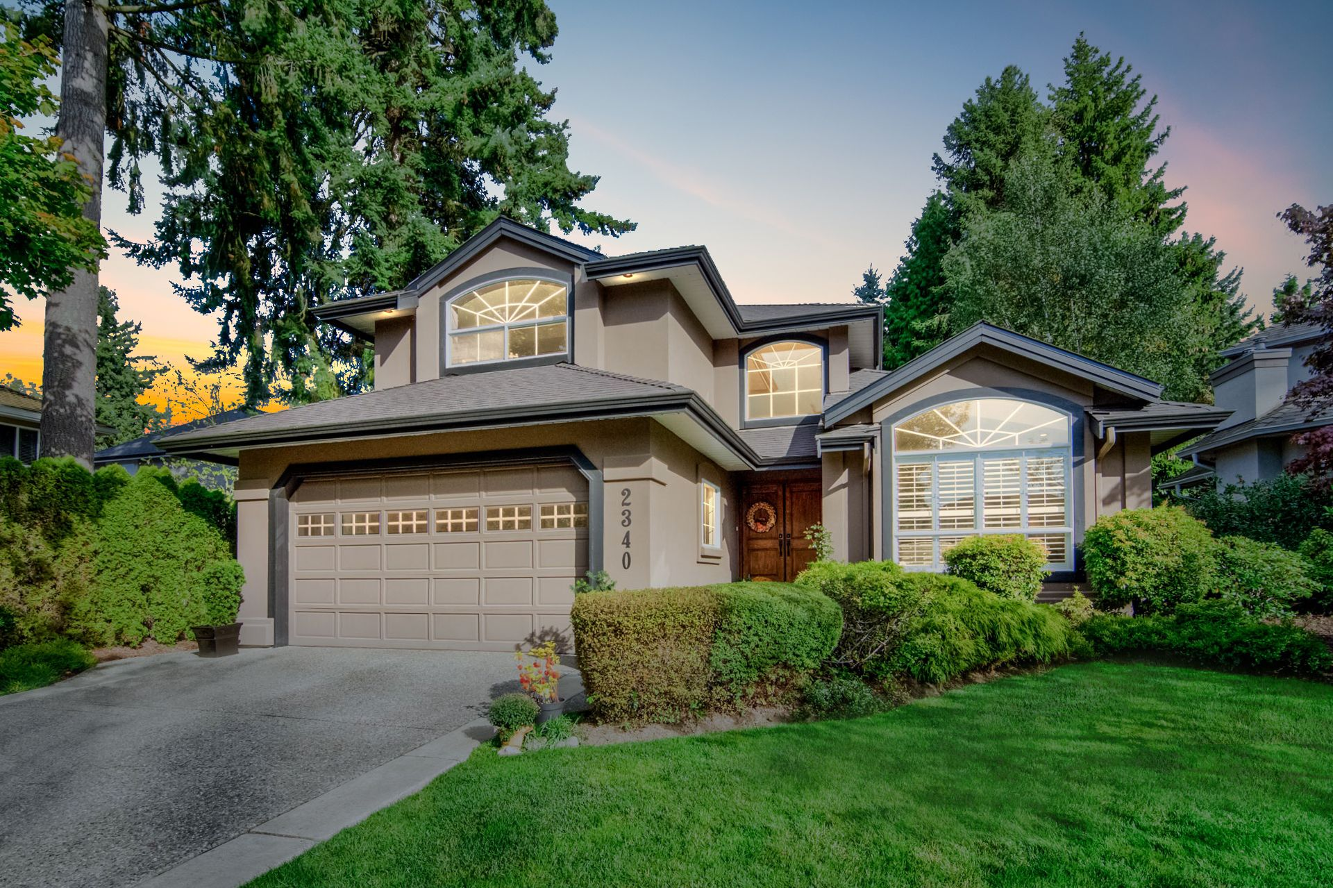 """Main Photo: 2340 140A Street in Surrey: Sunnyside Park Surrey House for sale in """"FOREST EDGE"""" (South Surrey White Rock)  : MLS®# R2346515"""