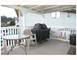 Photo 10: 84 E 6TH Avenue in New_Westminster: Fraserview NW House for sale (New Westminster)  : MLS®# V752317