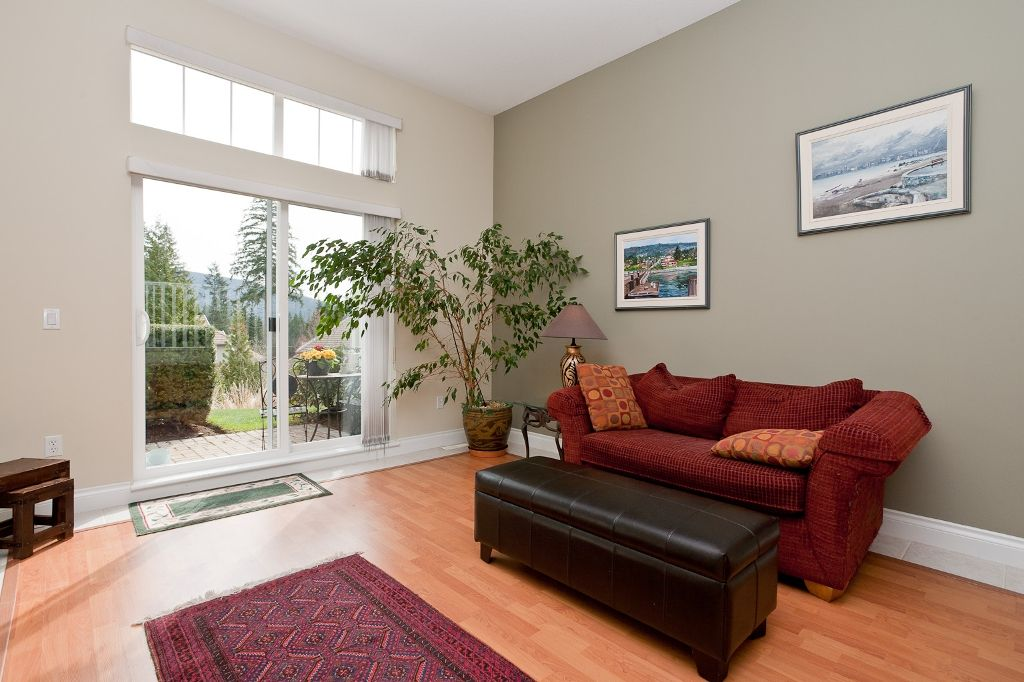 """Photo 7: Photos: 6 3405 PLATEAU Boulevard in Coquitlam: Westwood Plateau Townhouse for sale in """"PINNACLE RIDGE"""" : MLS®# V883094"""