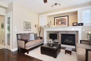 Photo 11: 7309 192 A St in Surrey: Home for sale : MLS®# F1411635