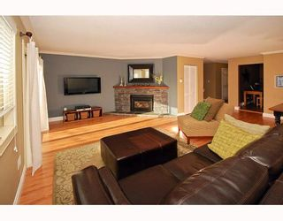 """Photo 3: 21 41450 GOVERNMENT Road: Brackendale Townhouse for sale in """"EAGLEVIEW"""" (Squamish)  : MLS®# V752564"""
