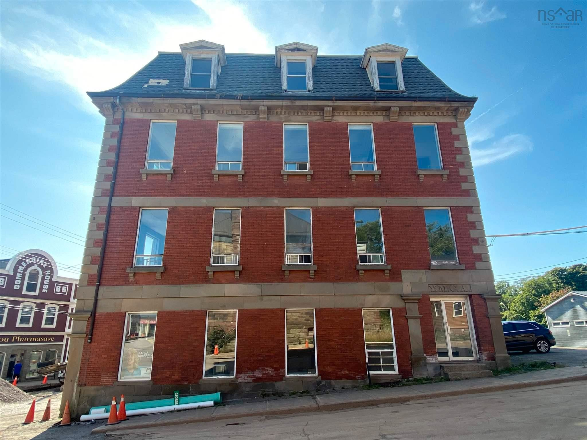 Main Photo: 30 Water Street in Pictou: 107-Trenton,Westville,Pictou Commercial  (Northern Region)  : MLS®# 202122147