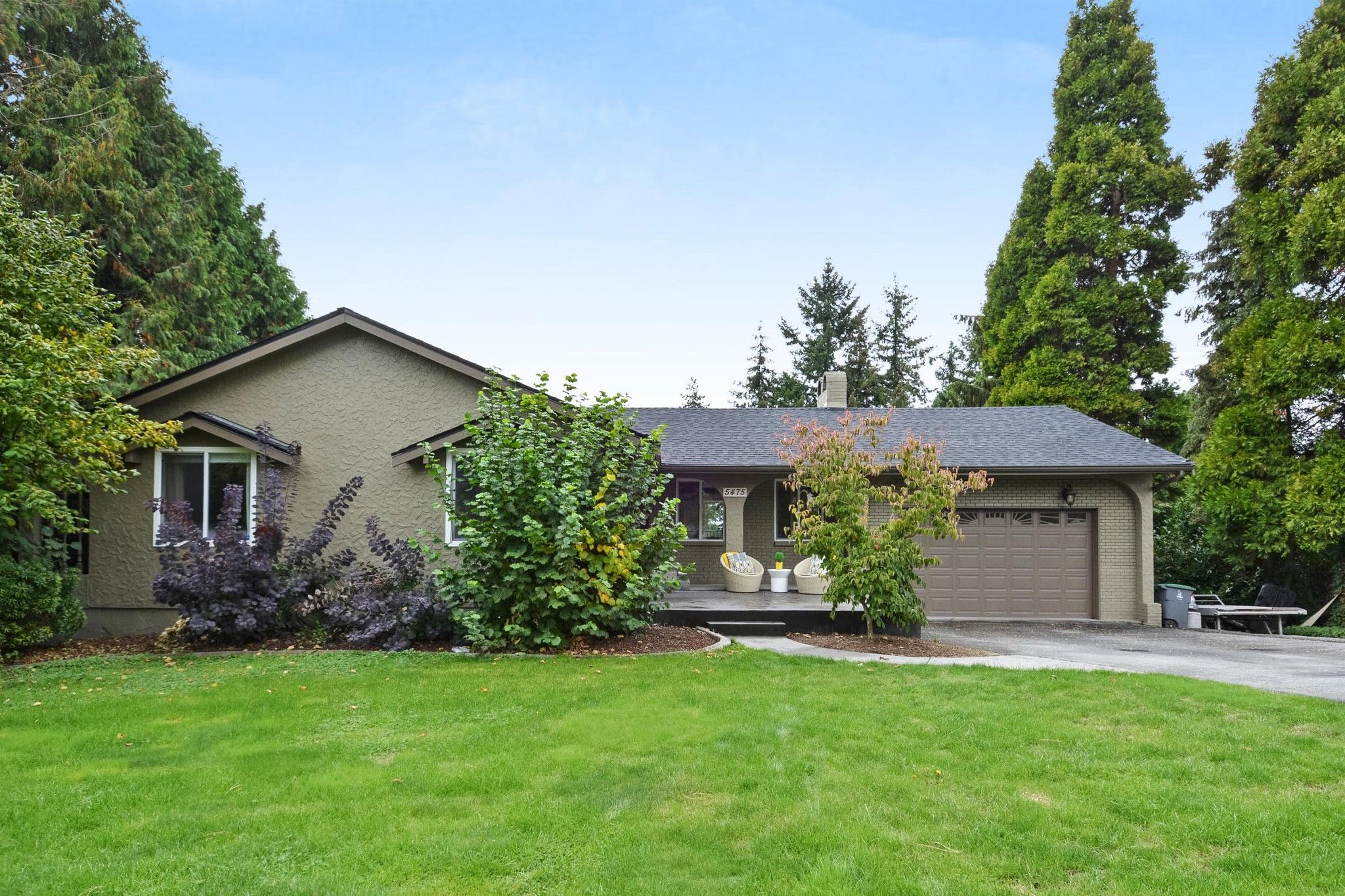Main Photo: 5475 BAKERVIEW Drive in Surrey: Sullivan Station House for sale : MLS®# R2313482