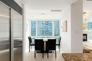 """Photo 12: 803 323 JERVIS Street in Vancouver: Coal Harbour Condo for sale in """"ESCALA"""" (Vancouver West)  : MLS®# R2591803"""