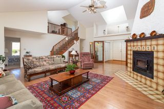 Photo 14: 304 Walton Pl in : SW Elk Lake House for sale (Saanich West)  : MLS®# 879637