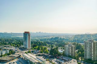 """Photo 2: 2702 570 EMERSON Street in Coquitlam: Coquitlam West Condo for sale in """"UPTOWN 2"""" : MLS®# R2600592"""