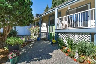Photo 1: 20581 GRADE Crescent in Langley: Langley City House for sale : MLS®# R2219346