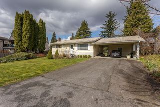 Photo 2: 33909 FERN Street in Abbotsford: Central Abbotsford House for sale : MLS®# R2624367