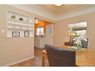 Photo 13: VICTORIA FAMILY HOME FOR SALE = VICTORIA REAL ESTATE SOLD With Ann Watley!