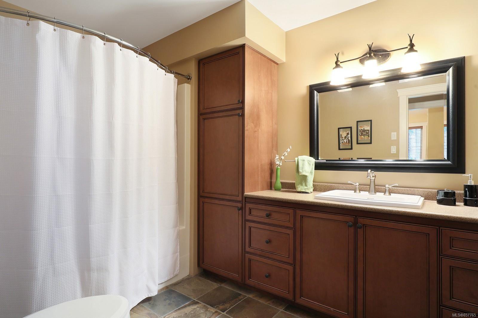 Photo 37: Photos: 1516 Highridge Dr in : CV Comox (Town of) House for sale (Comox Valley)  : MLS®# 857765