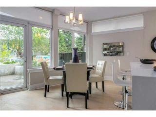 """Photo 6: 201 2028 YORK Avenue in Vancouver: Kitsilano Townhouse for sale in """"YORK"""" (Vancouver West)  : MLS®# V1071116"""