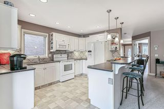 Photo 8: 2212 9 Avenue SE in Calgary: Inglewood Semi Detached for sale : MLS®# A1097804
