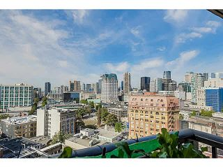 """Photo 8: 2108 128 W CORDOVA Street in Vancouver: Downtown VW Condo for sale in """"WOODWARDS W-43"""" (Vancouver West)  : MLS®# V1140977"""
