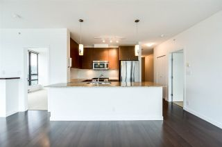 "Photo 2: 2208 110 BREW Street in Port Moody: Port Moody Centre Condo for sale in ""ARIA 1"" : MLS®# R2222101"