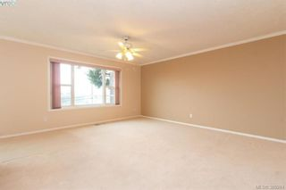 Photo 4: E 6599 Central Saanich Rd in VICTORIA: CS Tanner House for sale (Central Saanich)  : MLS®# 782322
