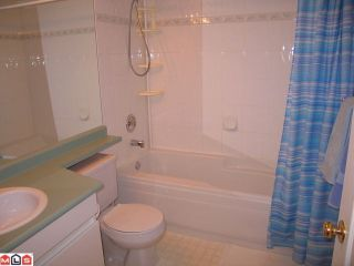 """Photo 6: 319 9626 148TH Street in Surrey: Guildford Condo for sale in """"HARTFORD WOODS"""" (North Surrey)  : MLS®# F1022380"""