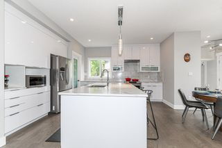 Photo 12: 9656 81 Avenue in Edmonton: Zone 17 House for sale : MLS®# E4253708