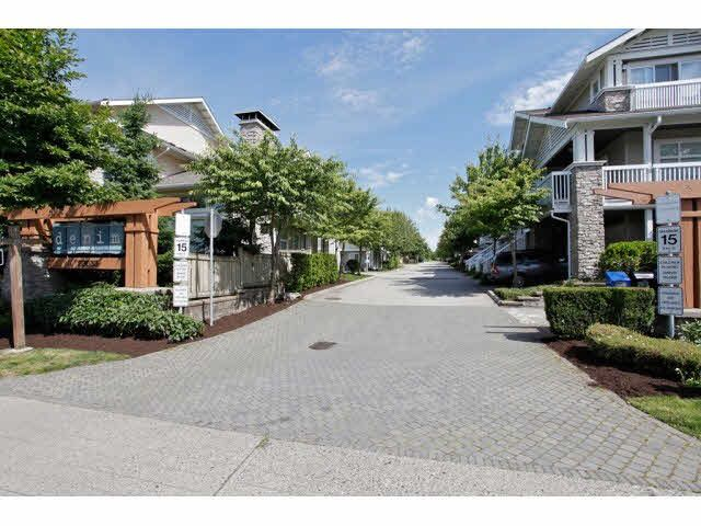 """Main Photo: 166 20033 70 Avenue in Langley: Willoughby Heights Townhouse for sale in """"DENIM"""" : MLS®# F1440325"""