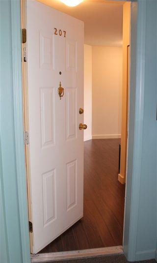 "Photo 4: 207 4989 47 Avenue in Delta: Ladner Elementary Condo for sale in ""Park Regent"" (Ladner)  : MLS®# R2158550"