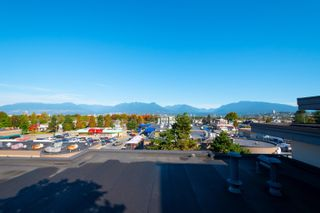 """Photo 13: 217 2888 E 2ND Avenue in Vancouver: Renfrew VE Condo for sale in """"SESAME"""" (Vancouver East)  : MLS®# R2621244"""