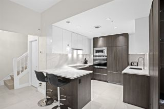 """Photo 5: 102 896 HAMILTON Street in Vancouver: Downtown VW Townhouse for sale in """"Rosedale Gardens"""" (Vancouver West)  : MLS®# R2604168"""