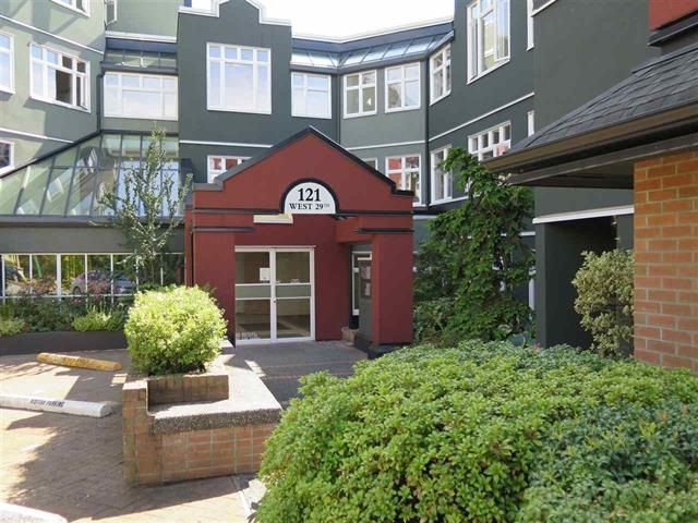 "Main Photo: 501 121 W 29TH Street in North Vancouver: Upper Lonsdale Condo for sale in ""Somerset Green"" : MLS®# R2145670"