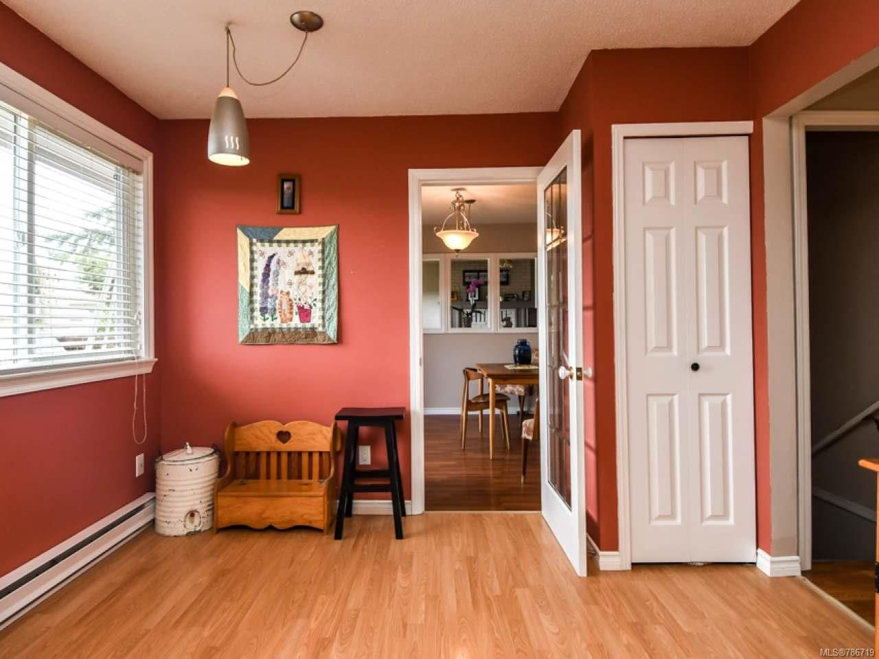 Photo 16: Photos: 1234 Denis Rd in CAMPBELL RIVER: CR Campbell River Central House for sale (Campbell River)  : MLS®# 786719