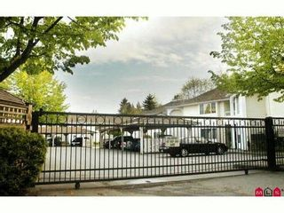 """Photo 10: 47 9918 148TH Street in Surrey: Guildford Townhouse for sale in """"HIGH POINT COURT"""" (North Surrey)  : MLS®# F1007949"""