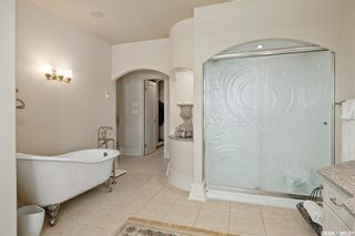Photo 33: 832 Saskatchewan Crescent East in Saskatoon: Nutana Residential for sale : MLS®# SK872421