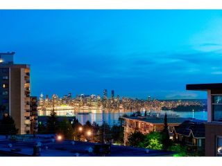 """Photo 2: PH10 1288 CHESTERFIELD Avenue in North Vancouver: Central Lonsdale Condo for sale in """"Alina"""" : MLS®# R2479203"""
