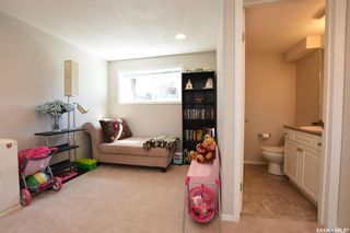 Photo 18: 42 Greenwood Crescent in Regina: Normanview West Residential for sale : MLS®# SK773108