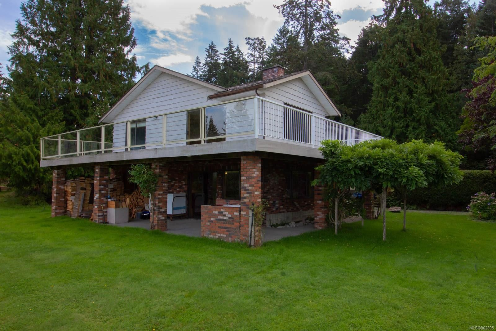 Main Photo: 6690 Jenkins Rd in : Na Pleasant Valley House for sale (Nanaimo)  : MLS®# 862895