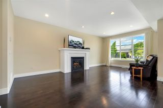 Photo 2: 45380 HODGINS Avenue in Chilliwack: Chilliwack W Young-Well House for sale : MLS®# R2590337