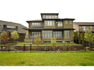 Photo 2: 381 EVERGREEN Circle SW in CALGARY: Shawnee Slps Evergreen Est Residential Detached Single Family for sale (Calgary)  : MLS®# C3479743